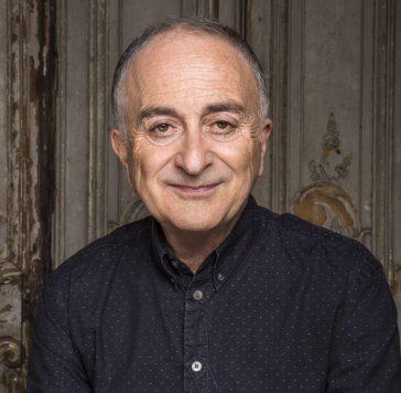Tony Robinson Author